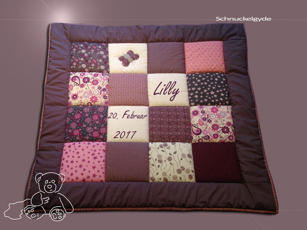 schmusedecken babydecke krabbeldecke mit namen lilly. Black Bedroom Furniture Sets. Home Design Ideas